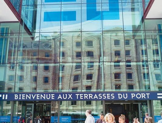 Le-centre-commercial-Terrasses-port-Marseille-ouvert-2014-dans-quartier-Joliette_1_1400_404